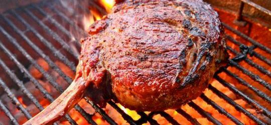 Ученые: мясо, приготовленное на открытом огне, вредно для здоровья